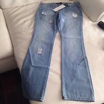 Women Jeans Photo
