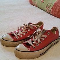 Women Low Top Converse Sneaker Size 7 Photo