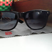 Women Men  Ray Ban Vayfarer Sunglasses Photo