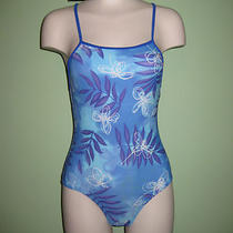 Womens 1 Pc. Petites Size Swimwear / Maillots De Bain 1pc. Photo