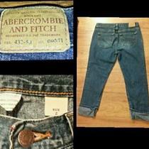 Women's Abercrombie & Fitch Dark Wash Distressed Cropped Capri Jeans Size 2 Euc Photo