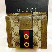 Women's Authentic Gucci Wallet Red/green Stripe 4.75