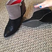 Women's Avon Ankle Boots Photo