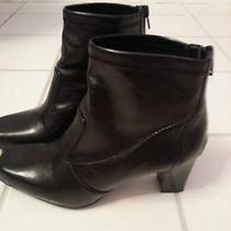Women's Black Leather Boots Photo