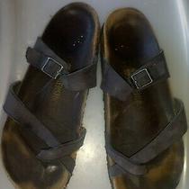 Women's Brown Birkenstock Sandals Size 40 Heel Damage Photo