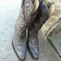 Women's Charlie 1 Horse by Lucchese Old Farm Bomber Brown Gold Cowboy Boots Sz 6 Photo