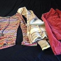 Women's Clothing Lots Photo