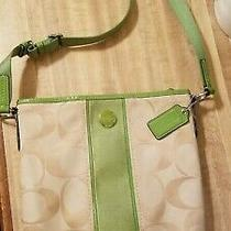 Women's Coach Crossbody Handbag Purse. Beautiful Fabric Signature