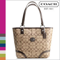 Women's Coach Peyton Tote/shipper/handbag F18917 Authentic Brown Newwithtag Photo