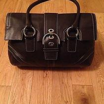 Women's Coach Purse Handbag Photo