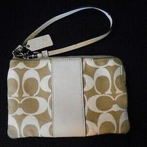 Women's Coach Tan/khaki Signature Wristlet Size S Photo