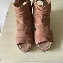 Women's Earth Leather Sweetpea Wedge Comfort Sandals - Blush Euc Size 8.5m Photo