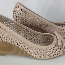 Women's East 5th Blush Pink Perforated Bow Wedge Sandals 8 Medium Euc Peep Toe Photo