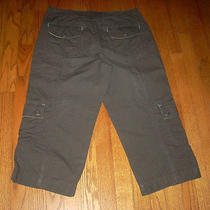Women's Eddie Bauer Mercer Fit Charcoal Outdoor Cargo Capri Pants Sz 8 Photo