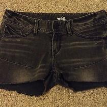 Women's Express Jeans Cut-Off Shorts Size 2 Black Summer Cute Short Photo
