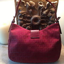 Women's Fendi Red Handbag Photo
