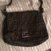Women's Fendi Shoulder Bag Photo