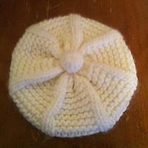 Women's Fossil Brand Crocheted Beret 100% Acrylic White Pompom Christmas Winter Photo