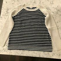 Women's Gap Off-White & Navy Cotton Crew Neck Sweater Size S Small Photo