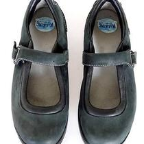 Women's Mbt Swiss Engineered Mary Jane Leather Shoes Size 9.5 (40.1/3) Green Photo