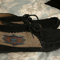Womens Minnetonka Black Leather Ankle Lace Up Moccasin Boots Size 8 Photo