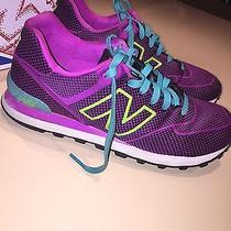 Women's New Balance Shoes Photo
