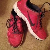Women's Nike Shoes - Size 9 Photo