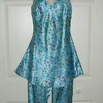 Women's Pajamas Large Turquoise Blue Print Unique Flirty Top & Capri Pants New  Photo