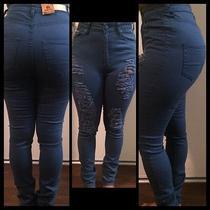 Women's Pants  Photo