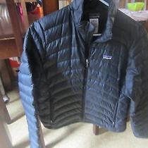 Women's Patagonia Jacket Photo