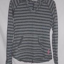 Womens Pre-Owned Sz. S Reebok Long Sleeve Hooded Athletic Shirt T-Shirt Photo