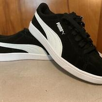 Womens Puma Vikky Sneaker. Size 8. Black/white. Nwot.  Photo