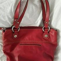 Women's Red Fossil Leather Shoulder Bag/tote.   Photo