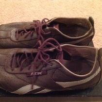 Women's Reebok Sneakers Size 8 Photo