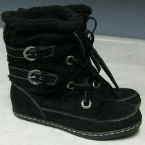 Women's Size 8 1/2 Black Fleece Lined Guess Winter Boots  Photo