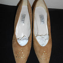 Women's Size 9.5 Tan Natural Apart Impressions Suede Leather Pumps Very Nice  Photo