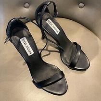 Womens Steve Madden Pumps Size 7 Black Worn Twice Photo