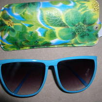 Women's Sunglasses  Matching Case Teal Aqua Taiwan r.o.c. Fashion Color New Photo
