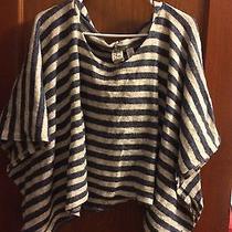 Women's Sweater  Photo