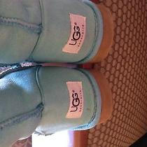 Women's Uggs Photo