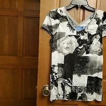 Women's Vera Wang Short Sleeve v-Neck Multi Print Top Size S Photo