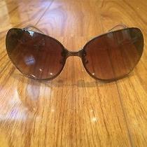 Women's Versace Sunglasses Model 2106 Photo