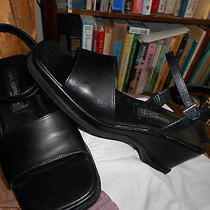 Women's via Spiga Black 2.5