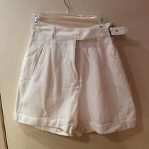 Womens White Shorts by Express - Compagnie International - Size 9/10 Photo