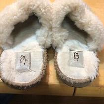 Womens Winterugg Slip on Slippers Size 9 Photo