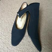 Women's Yves Saint Laurent Blue Closed Toe Heel Size 7.5m Photo