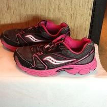 Women Saucony Sneakers Size 4.5 Photo