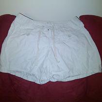 Women Shorts (Size 2) Photo