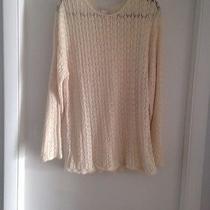 Women Sweater Photo