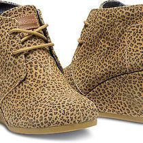 Women Toms  Natural Cheetah Suede Desert Wedges   Shoe  8 Photo